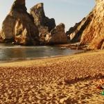 10 praias desertas em Portugal para fugir à confusão